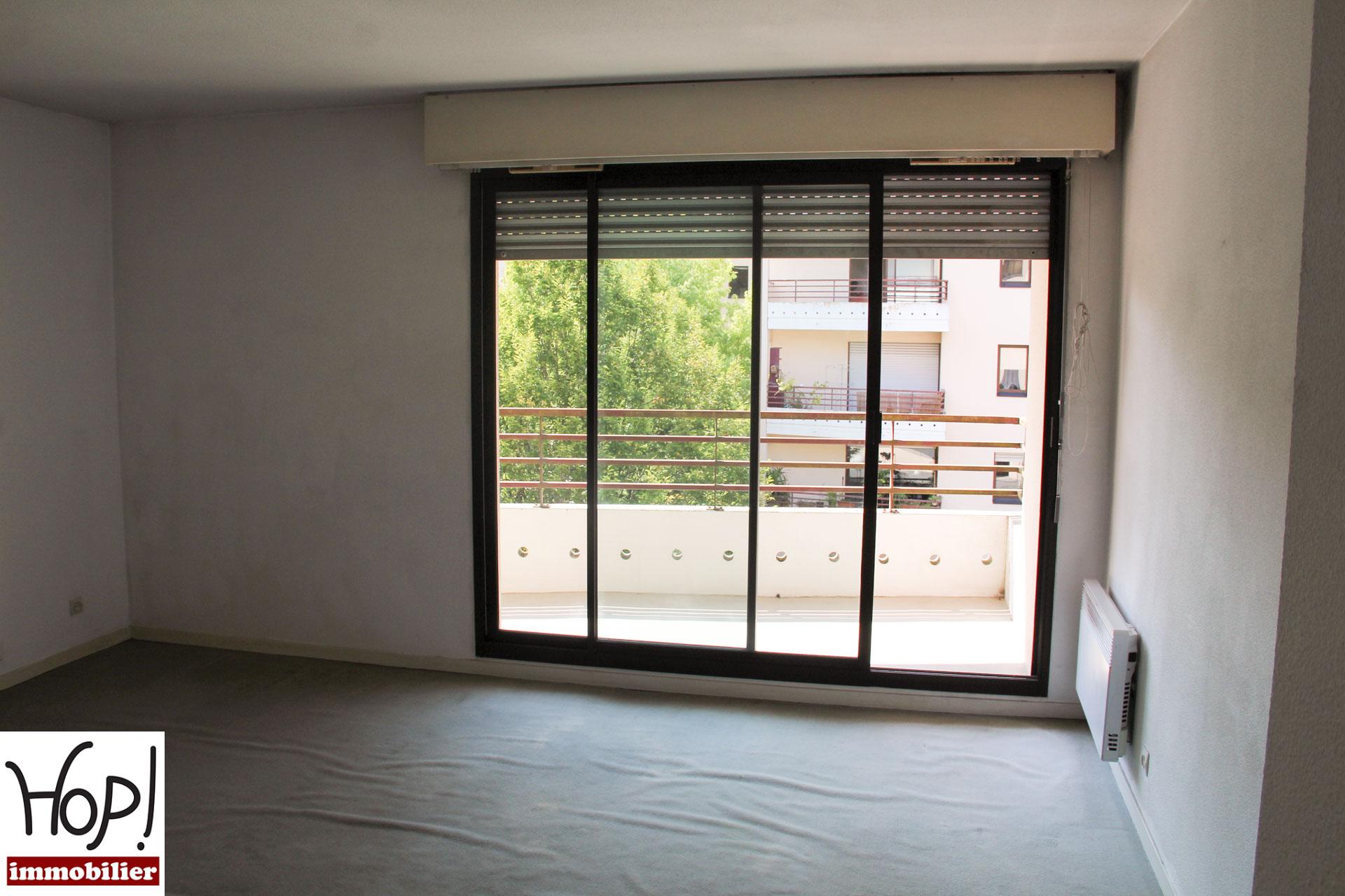 Mérignac,T3, balcon, garage.