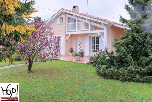 Le-Teich-maison-T5-piscine-garage-dependances-jardin-0320-09
