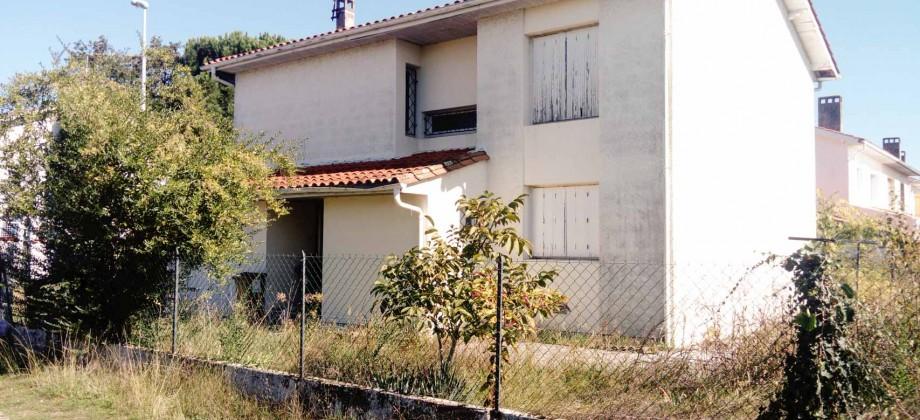 Merignac-capeyron-maison-T5-Duplex-jardin-garage-a-renover-0318-01