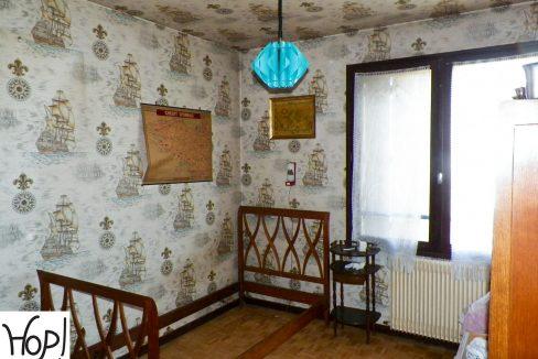 Merignac-capeyron-maison-T5-Duplex-jardin-garage-a-renover-0318-06