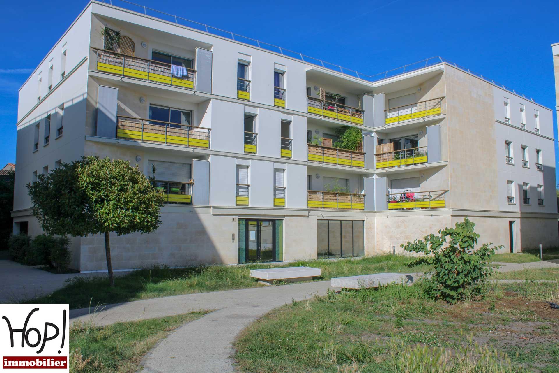 Bordeaux Bastide Appartement T4 balcon cellier et parking