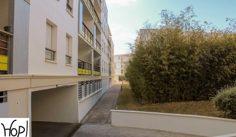 bordeaux-bastide-t4-balcon-parking-0720-12