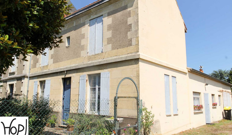 castillon-la-bataille-maison-bourgeoise-jardin-0718-2