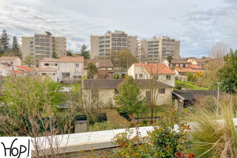 Avendre_Appartement_T4_duplex_terasse_garage_parking_mondésir_st_augustin_A-29
